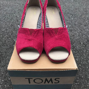 TOMS Sherry Corduroy Wrap Wedges